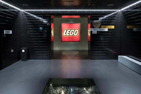 Big lego house 17 photo by iwan baan original