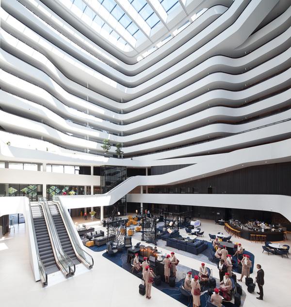 Hilton amsterdam airport schiphol atrium 3