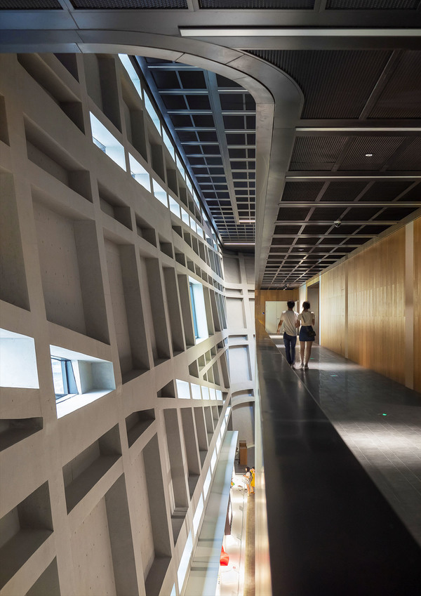Longgang cultural centre public art centre by zhang chao 15
